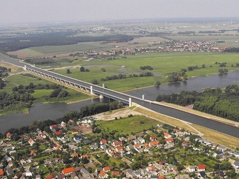 Magdeburg_Water_Bridge_The_Longe2